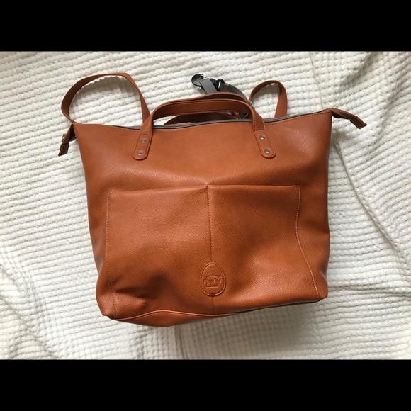 b7e4a2faf5a4a Pacapod Saunton Diaper Bag Backpack in Tan. M_5adb880872ea8875c475650c